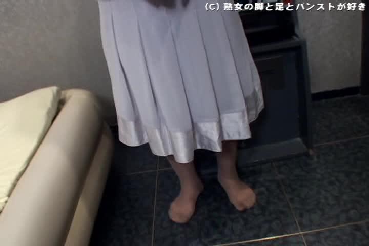 個人撮影:四十路熟女と五十路熟女がホテルで激逝き