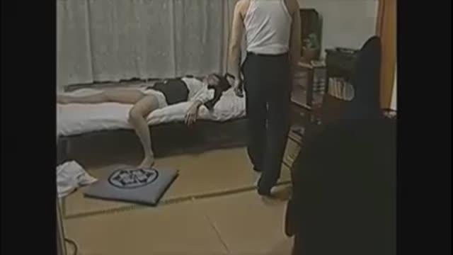 【飲酒】酒をのまされ酔いつぶれている間に犯される女たち。美しい人妻 望月加奈が職場の男たちとの飲み会で酔いつぶれて、送って来た同僚たちに次々と犯される。